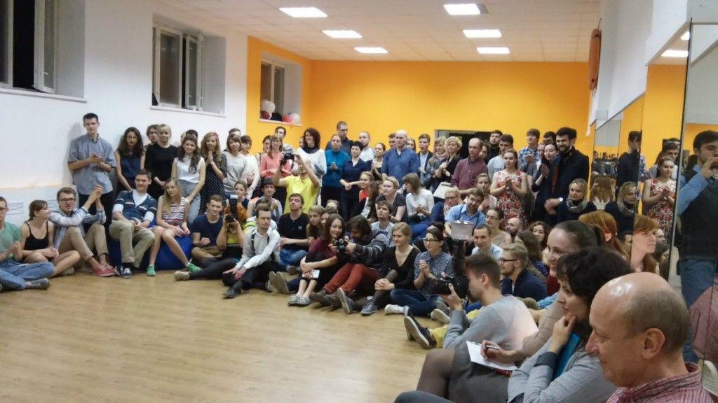 Школа танцев в стиле свинг «Качели»