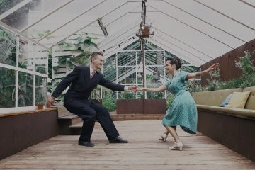 Swing Out in Lindy Hop